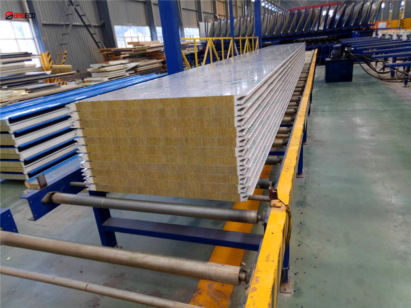 sandwich-panel-BRDECO05